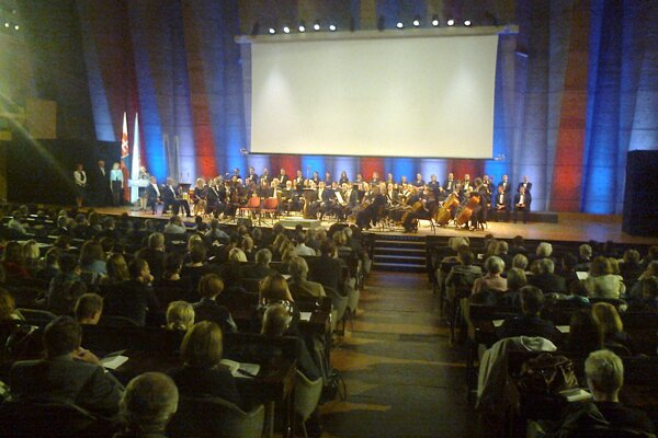 Slovak musicians perform in UNESCO the work Pilgrims by Egon Krák