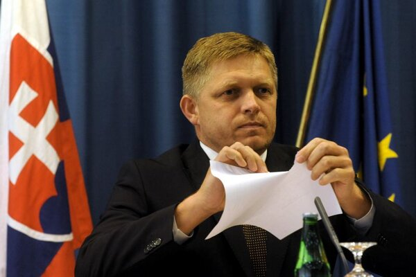 PM Robert Fico says the budget of Iveta Radičová cabinet is in tatters.