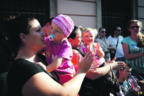 Several mothers with babies took part in the protest in front of the British Embassy.