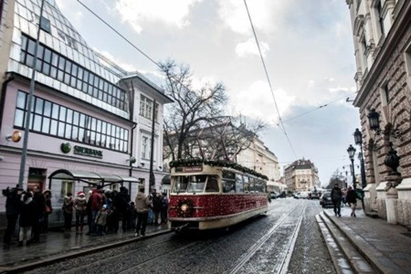 Trams in Bratislava will be re-routed across Jesenského Street.