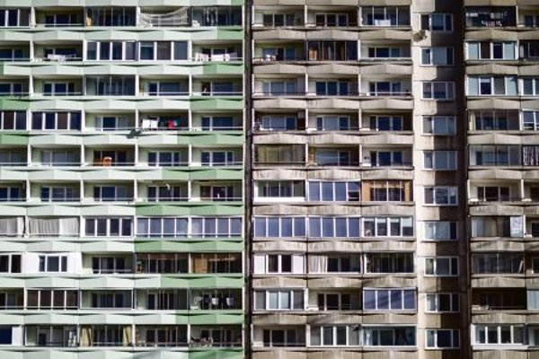 Refurbishing housing blocks in Slovakia is a challenge.