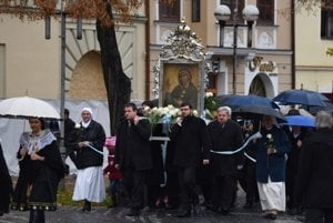 Picture of Virgin Mary was carried in Trnava
