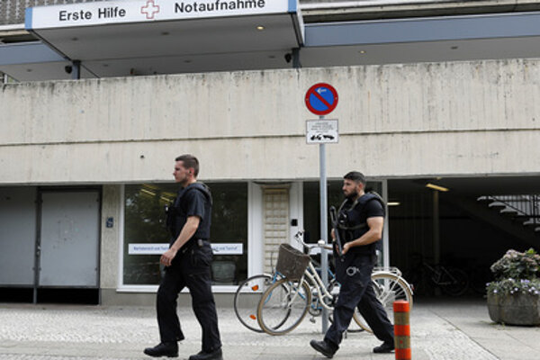 Hospital and police in Berlin, illustrative stock photo.