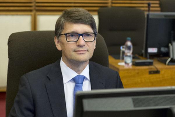 Culture MInister Marek Maďarič at cabinet session.