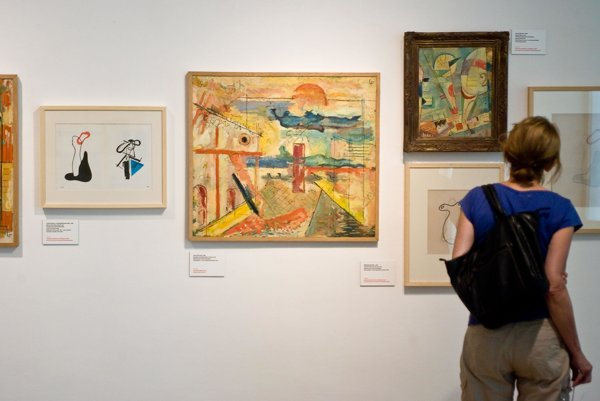 Galleries enable children to learn more about art.