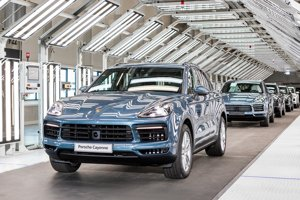 Volkswagen Slovakia has just started manufacturing Porsche Cayenne cars