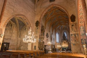 The gothic church in Štítnik boasts exceptional interior.