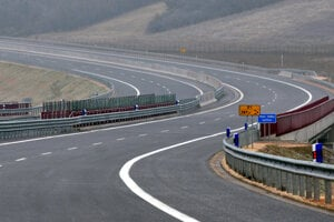 New D1 highway section Fričovce-Prešov has been opened.