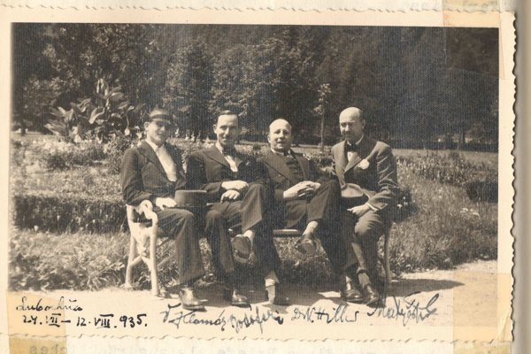 Imrich Matyáš (r) met with German publicist and lawyer Kurt Hiller (second r) in Ľubochňa in 1935.