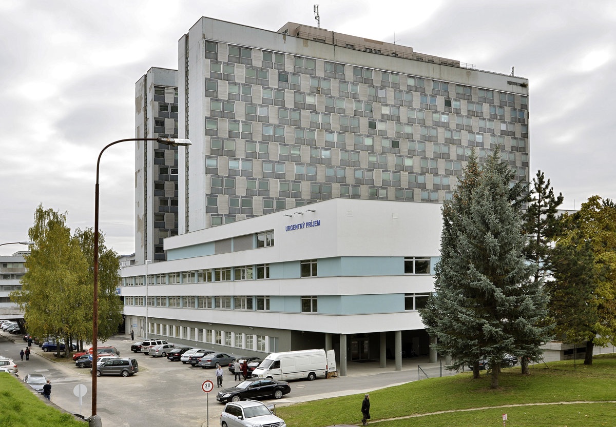 40899f66ffee F. D. Roosevelt Faculty Hospital in Banská Bystrica is the best in the  category of state university