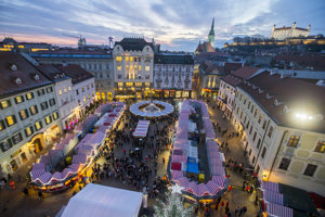 Christmas Market on Main Square.