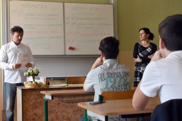 Most Slovak teachers would recommend disinformation media, including Zem a vek and Hlavnespravy.sk, to schoolchildren.