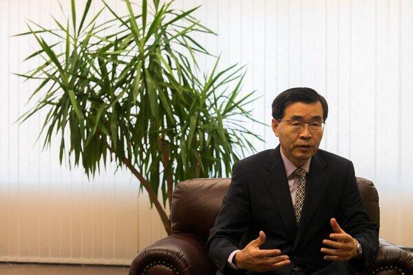Korean Ambassador Sang hoon Park