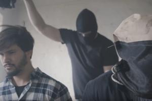 A shot from the latest Elán music video, Bulvárne krysy (Tabloid Rats). It mocks tabloid journalists.
