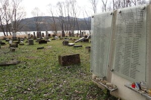 The destroyed Jewish cemetery in Namestovo.