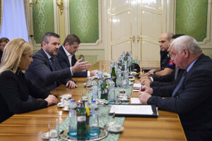 PM Peter Pellegrini met with the ministers of economy, finance, transport and interior, and the police corps president on January 13.