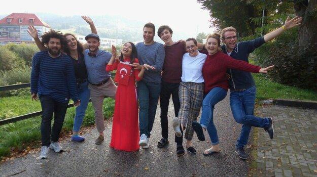 Jorge Mancero volunteers at the European Youth Centre KERIC in Čadca, northern Slovakia, alongside other global volunteers.