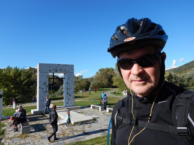 Canadian Chargé d'affaires John von Kaufmann during a cycling trip to Devín Castle.