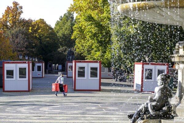 Mobile sampling points at Hviezdoslavovo Square in Bratislava