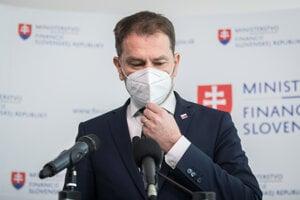Igor Matovič at the April 9 press conference.