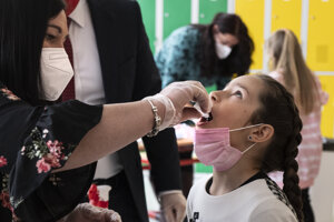 Gargling tests in schools