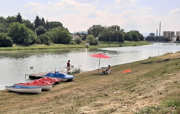 At the Laborec recreational zone in Humenné, eastern Slovakia, people can rent a water bicycle, boat or a kayak.