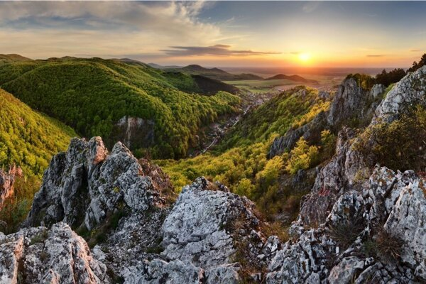 Kršlenica Peak in Malé Karpaty