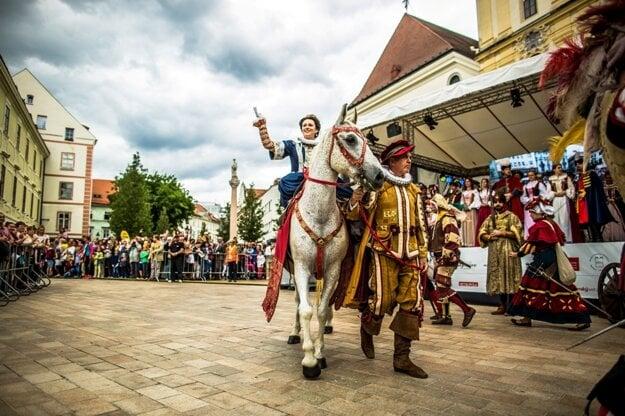 The coronation parade