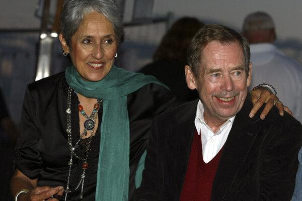 Joan Baez and Václav Havel enjoyed the Pohoda festival.