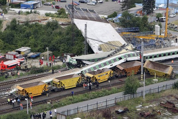 The train crash in Studénka, the Czech Republic, took a death toll of seven.