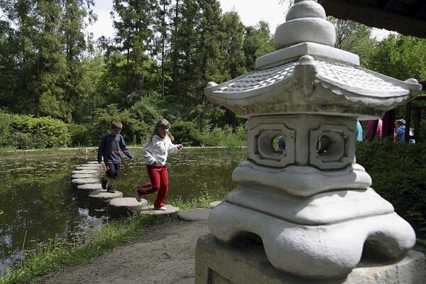 The main season at Mlyňany Arboretum begins in May
