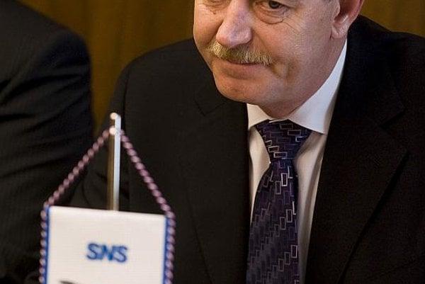 Minister Ján Chrbet