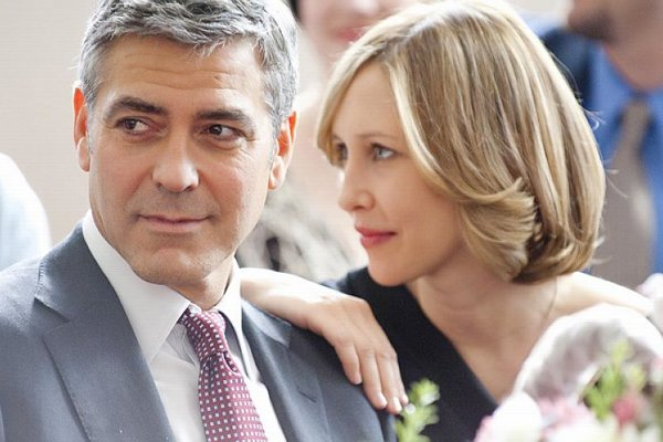 George Clooney and Vera Farmiga in Up In The Air.