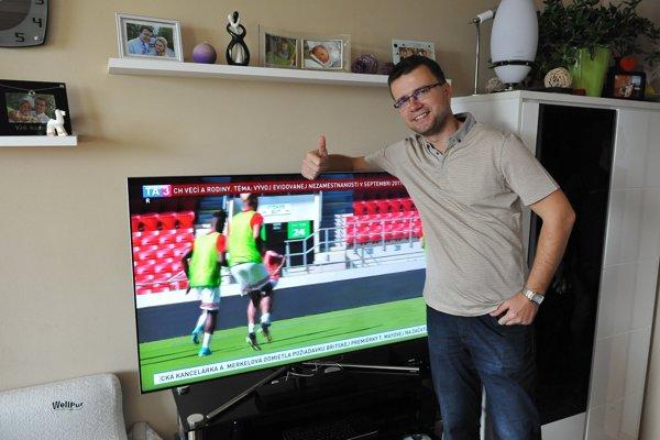 Pán Eugen z Košíc s novým Samsung QLED TV