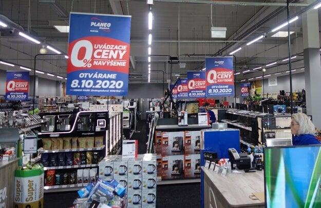 Vylepšená predajňa aj lákavé ceny - predajňa PLANEO Elektro v Bánovciach