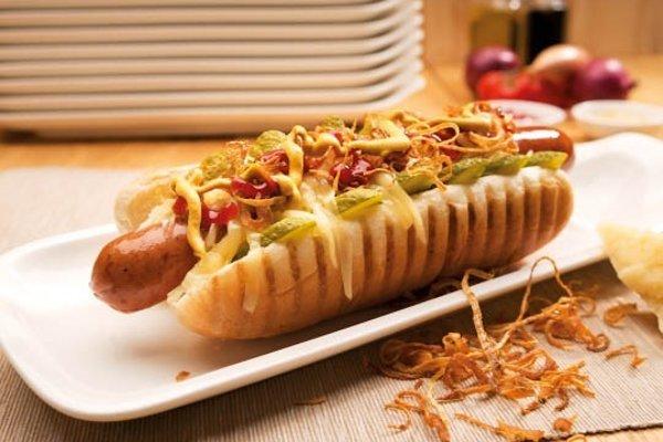 Americký hot dog na čerpacích staniciach Shell
