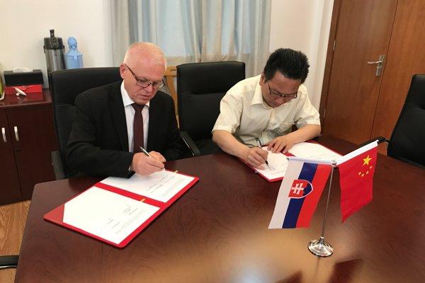 Intenzívne sa rozvíjajúca spolupráca s čínskymi univerzitami