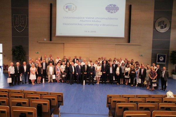 Ustanovujúce valné zhromaždenie Alumni klubu EU v Bratislave