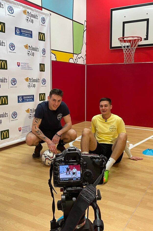 Foto z natáčania videa