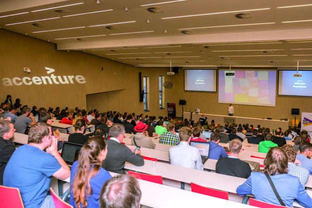 Piaty ročník Accenture OpenSlava konferencie pritiahol na bratislavské IT fakulty 65 prednášajúcich z celého sveta a 1200 účastníkov