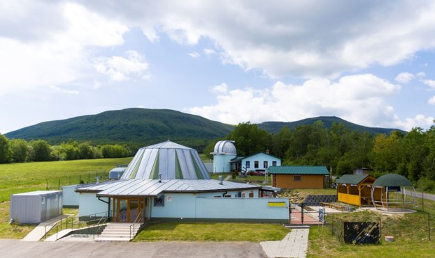 Projekt Rendezvous na Mliečnej ceste realizuje TELESKOP, n.f. Na zábere Astronomické obstervatórium.