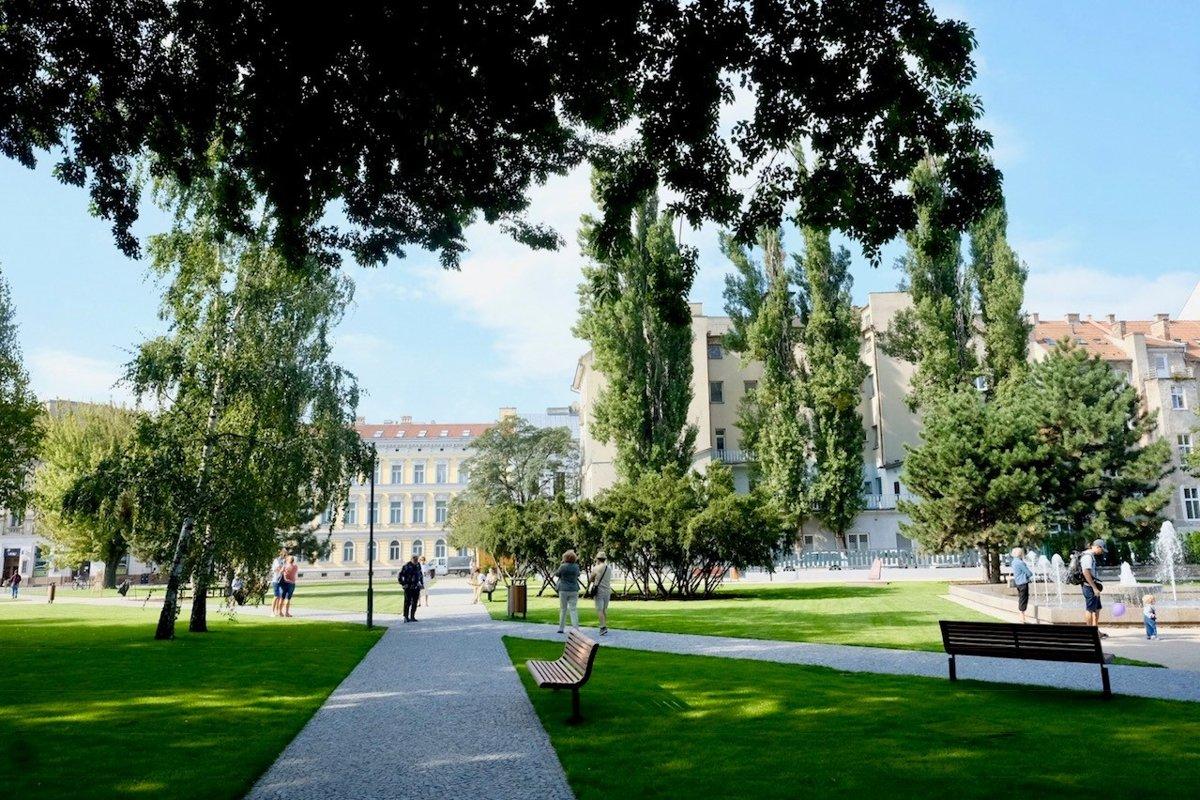 b9821432902d6 Vynovený Landererov park na Šafárikovom námestí - tlacovespravy.sme.sk