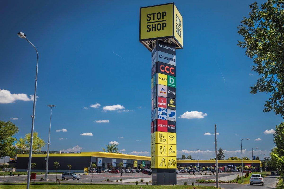 8a302c0b4f80e Sieť prevádzok Stop Shop obchodov má už 80 pobočiek - tlacovespravy ...