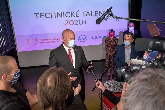 Tlačová konferencia Technické talenty 2020+ za účasti predstaviteľov U.S. Steel Košice, rektora TUKE a dekanky FMMR TUKE