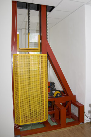 Skúšobná stanica pre dynamické skúšky ozubených prevodov