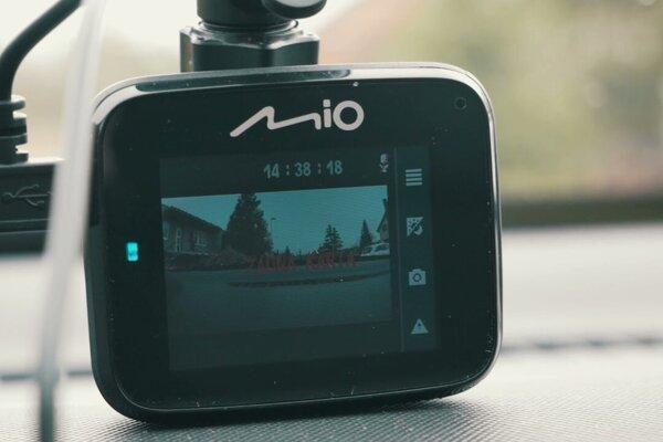 Autokamera Mio MiVue C512 - TEST youtubera Majkla