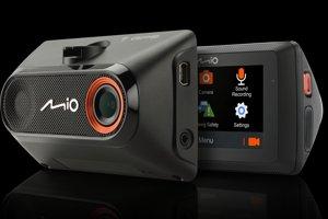 Autokamera Mio MiVue 786 wifi s živým vysíláním na FB
