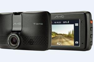 Mio MiVue 733 WiFi - snadno přeneste záznam autokamery do mobilu