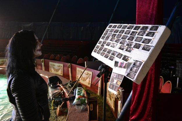 Výherkyňa stáže u RYTMUSA na natáčaní jeho najnovšieho videoklipu.