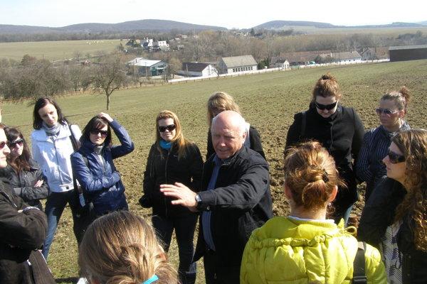 Slovensko má mimoriadne vhodné podmienky pre vidiecku turistiku. Študenti FEŠRR sa o tom presviedčajú na vlastné oči aj prostredníctvom odborných exkurzií.